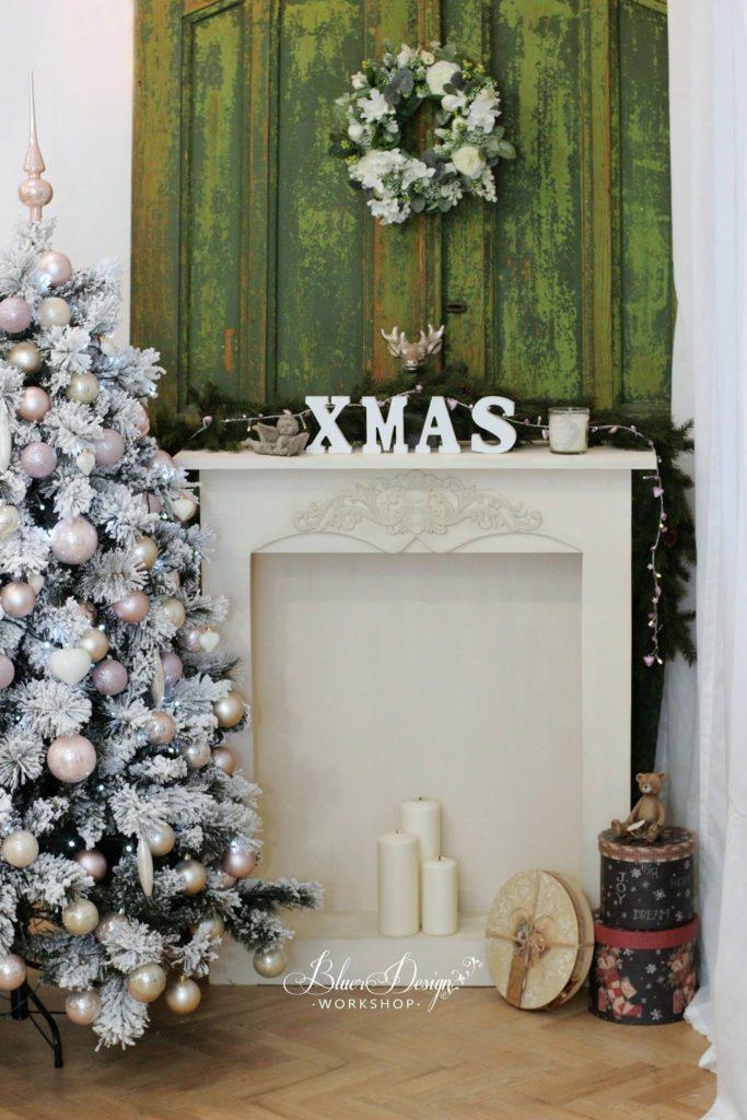 kandalló karácsonyi hangulatban